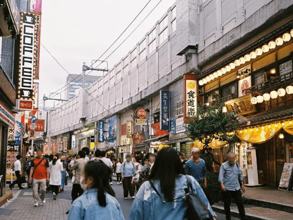 上野でセフレと出会える場所04